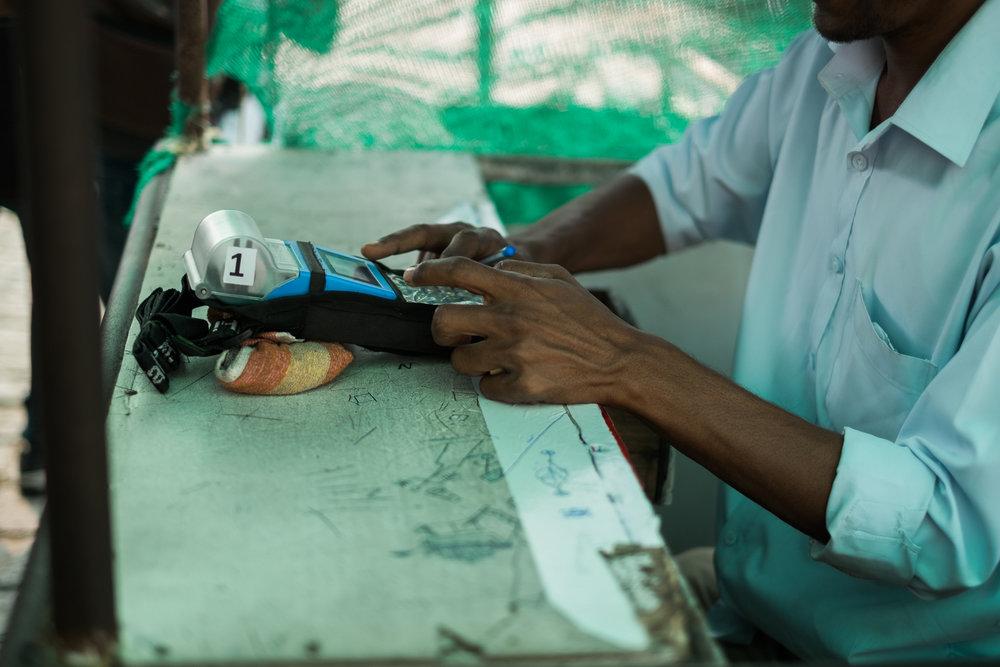 Mumbai India India Travel Street Photography (10 of 55).jpg