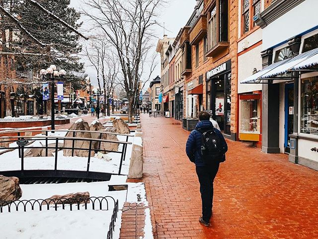 It's a snowy Saturday in Boulder!Time to bundle up, get outside, & play! #PLAYboulder 📸: @downtownboulder