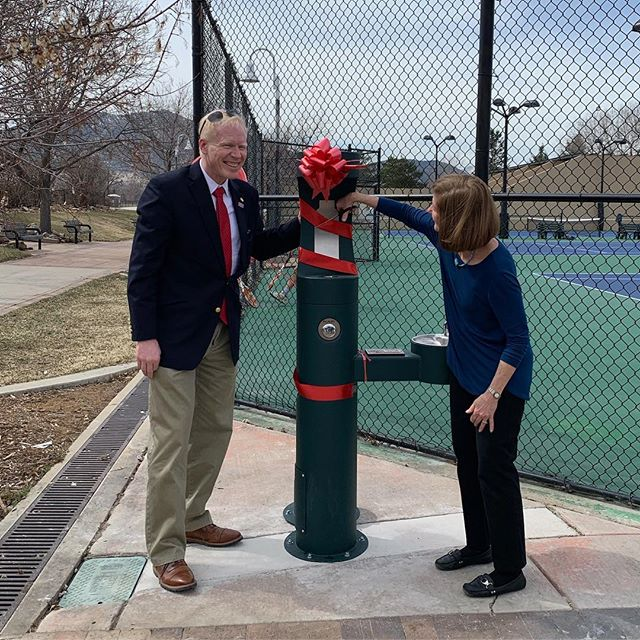 Happy 100th Anniversary to the @rotaryclubofboulder! Thanks to them we now have 3 new hydration stations along our multi-use paths! Perfect for keeping both humans & canines hydrated while PLAYing! 😁💦☀️❤️ Thank you, Rotary Club of Boulder!