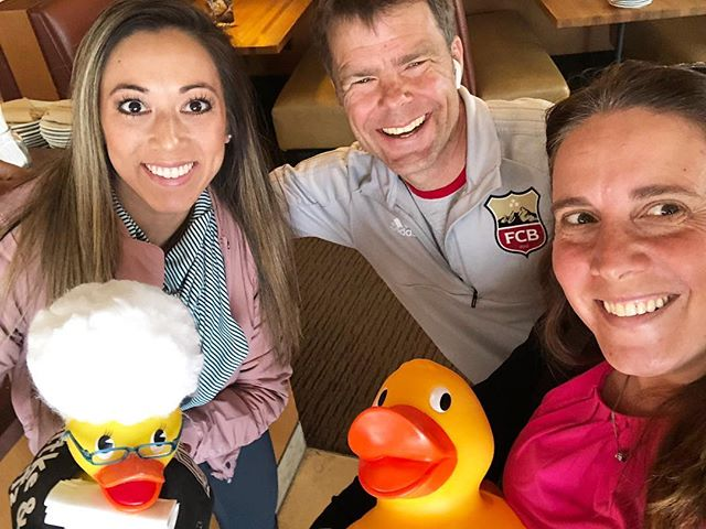 It's Day 2 of #pizzawithapurpose! Our PLAYpass coordinators decided to have their lunch meeting at CPK (where 20% of their bill will go towards PLAY) and look who they ran into! It's Kevin from @fcboulderofficial, one of our fantastic PLAYpass service providers! 💥 What fun! Don't forget today is the last day of our fundraiser at California Pizza Kitchen (29th Street Mall). Simply show your server our flyer (it's in our Stories!) and 20% of your bill goes to PLAY. You can even do takeout! Hope to see you there! Thank you, @californiapizzakitchen. ❤️🙌🍕