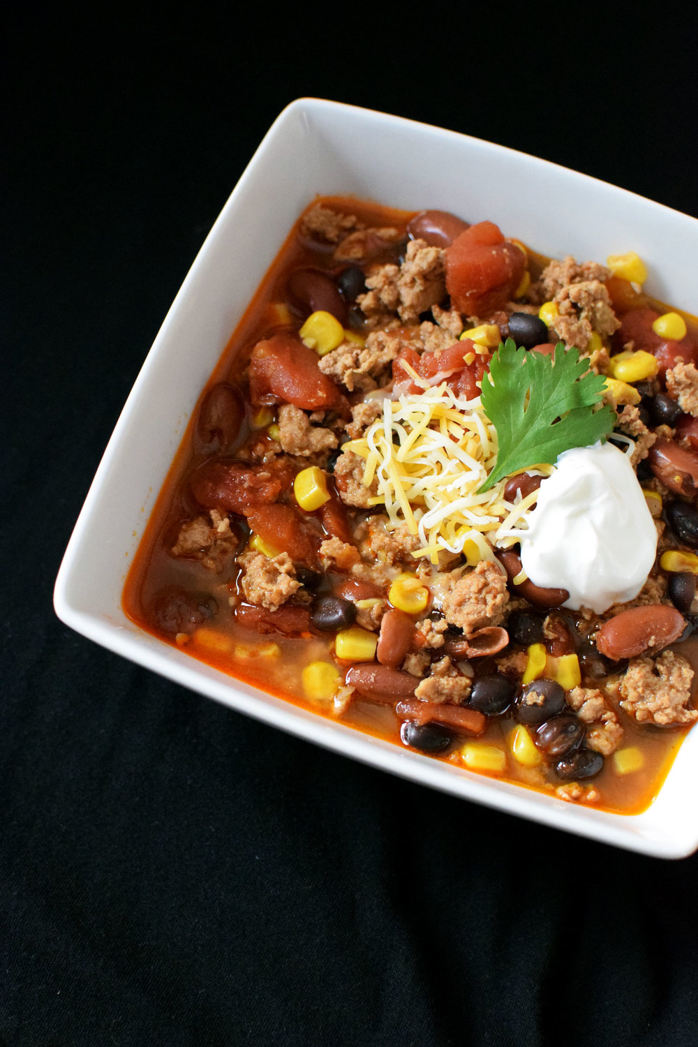 Turkey Chili is one of my favorite big batch recipes for the colder months. It is also freezer friendly, so you can enjoy a tasty dinner even on busy nights! | themillennialmenu.com