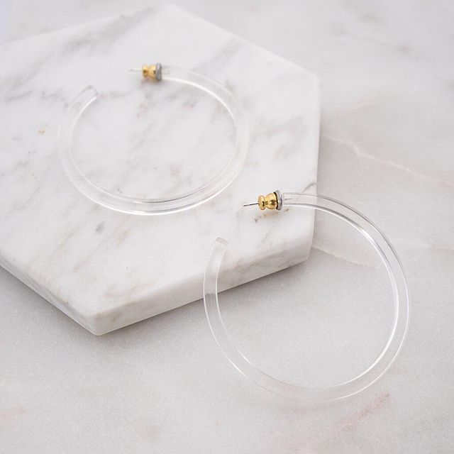 All of my hoop earring dreams wrapped up in one pic. Shop it now on #theshoppes. Link in profile. #readypretty #shoptheshoppes