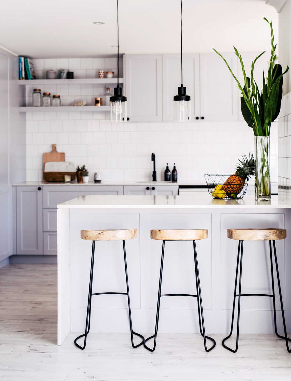 Photography: Hannah Blackmore  /  Interior: Three Birds Renovations
