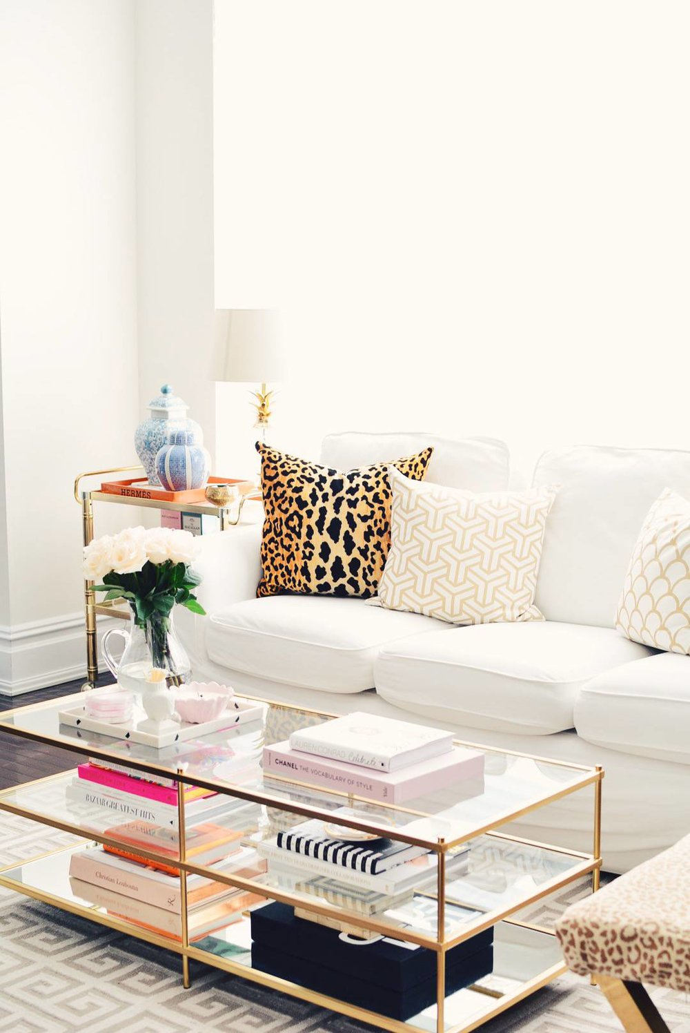 Photography + interior   Ceres Ribeiro, The Pink Dream blog   /    Terrace  coffee table from West Elm