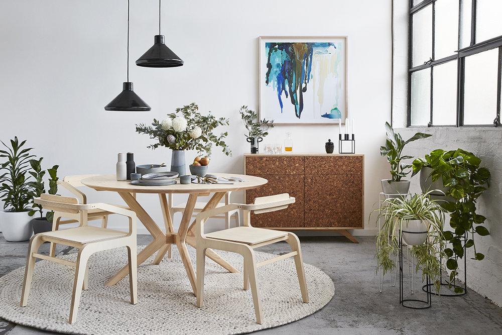 Mota dining chair, Kork buffet