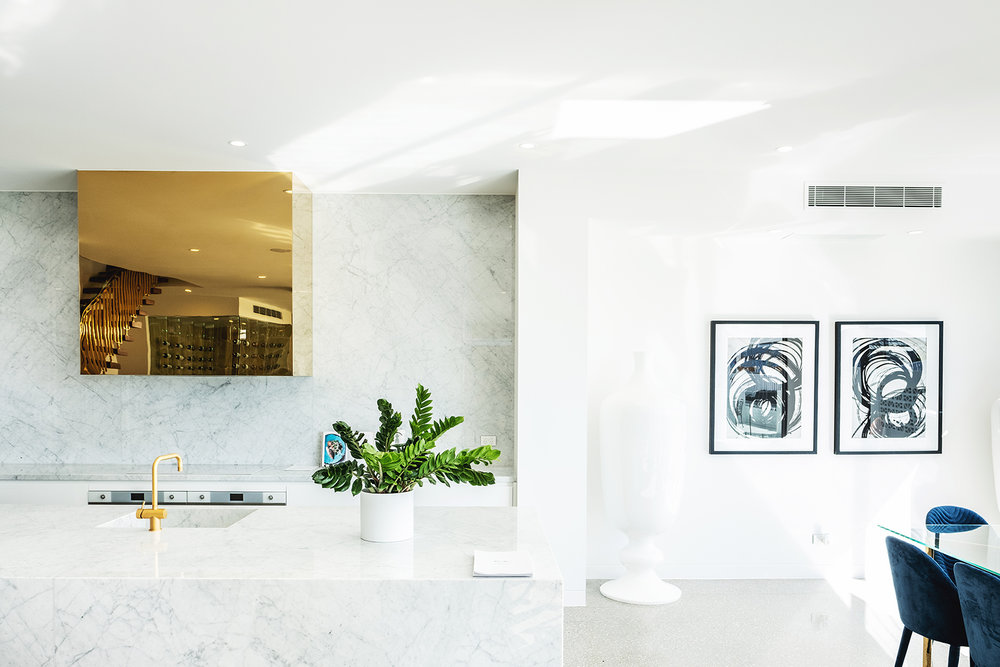 aston_milan_kitchen_helensvale_palm_springs_style_glamour_luxe_luxury_white.jpg