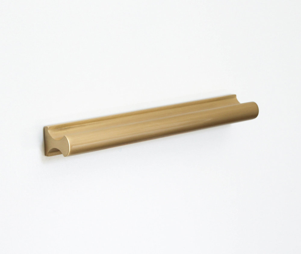 Mid-brass-Handle-2.jpg