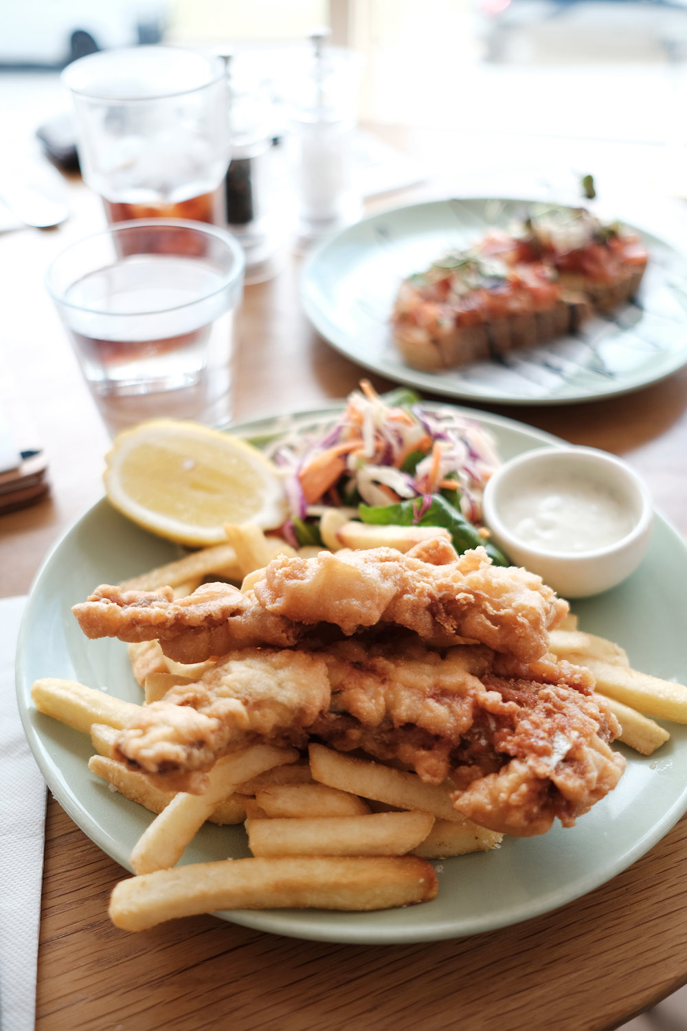 shoal_bay_country_club_fish_and_chips.jpg