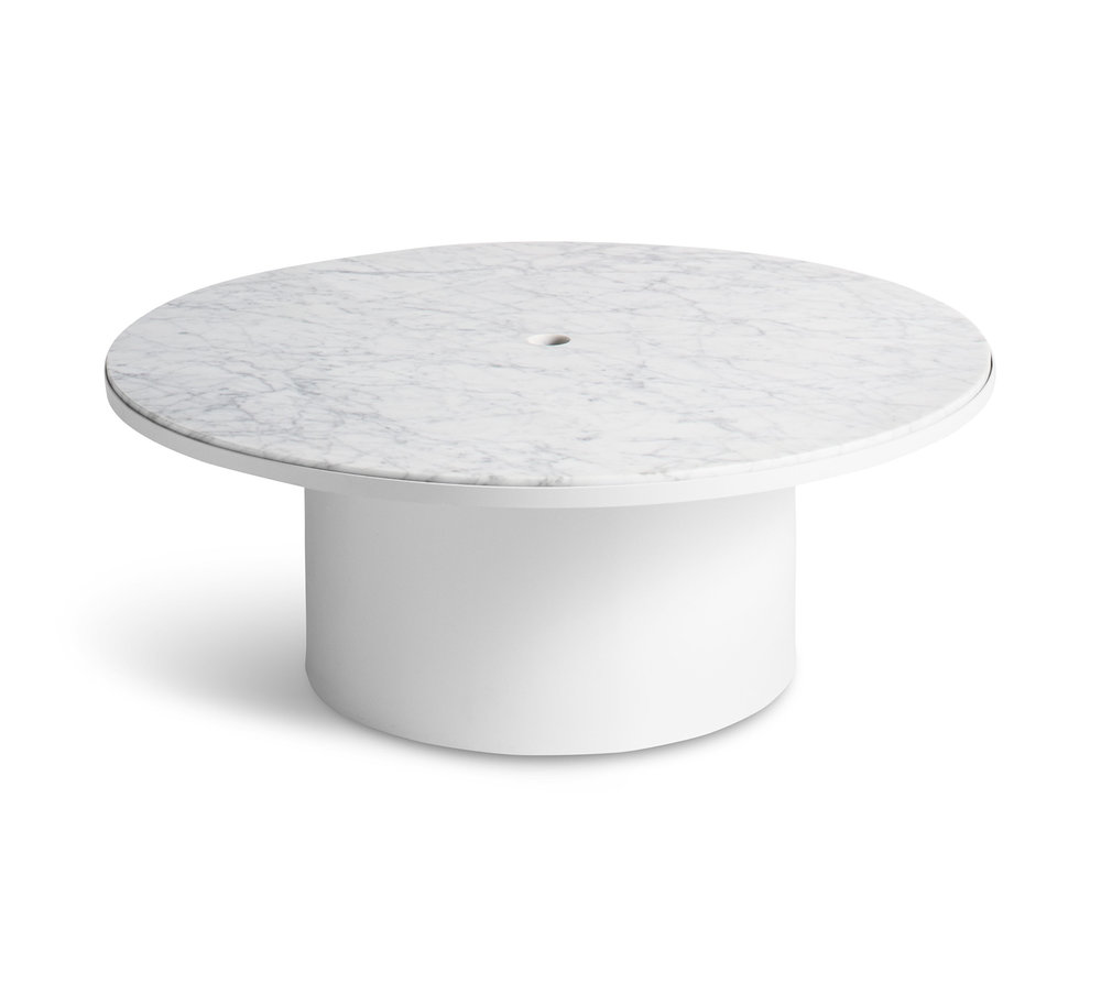 low_pt1_coftbl_wh_high-plateau-coffee-table-white.jpg