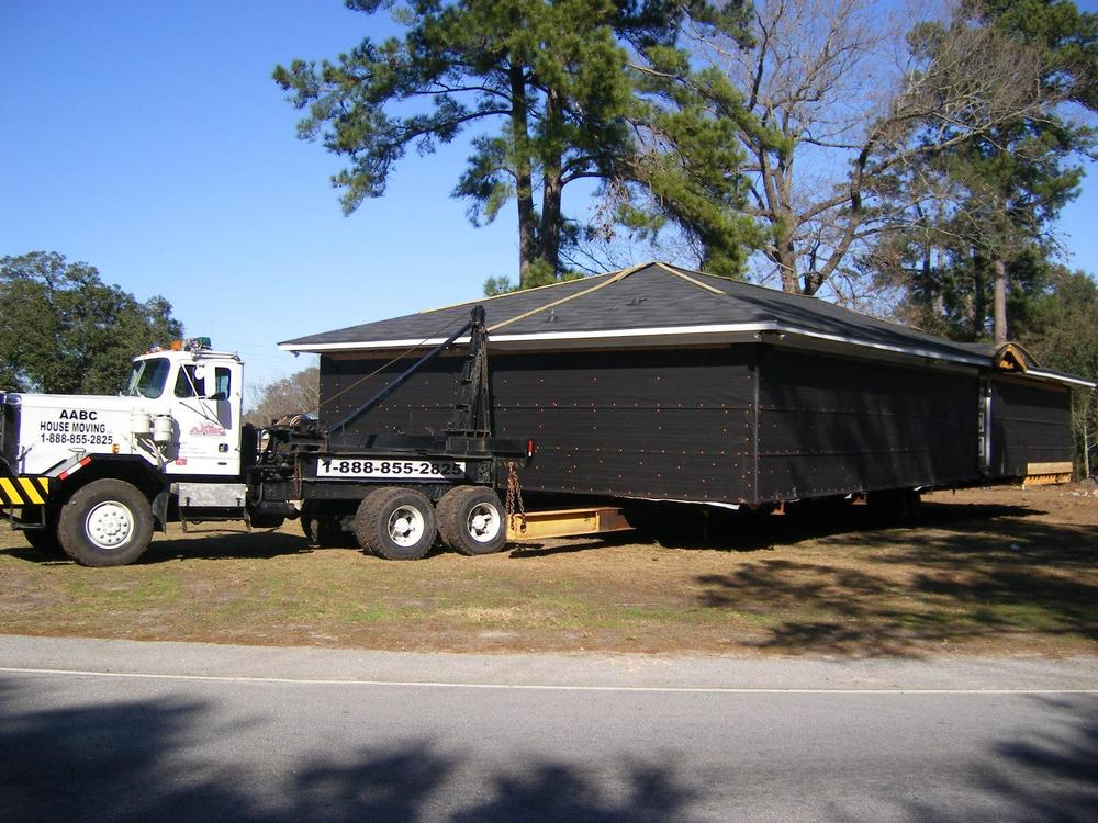 This house is in transit!