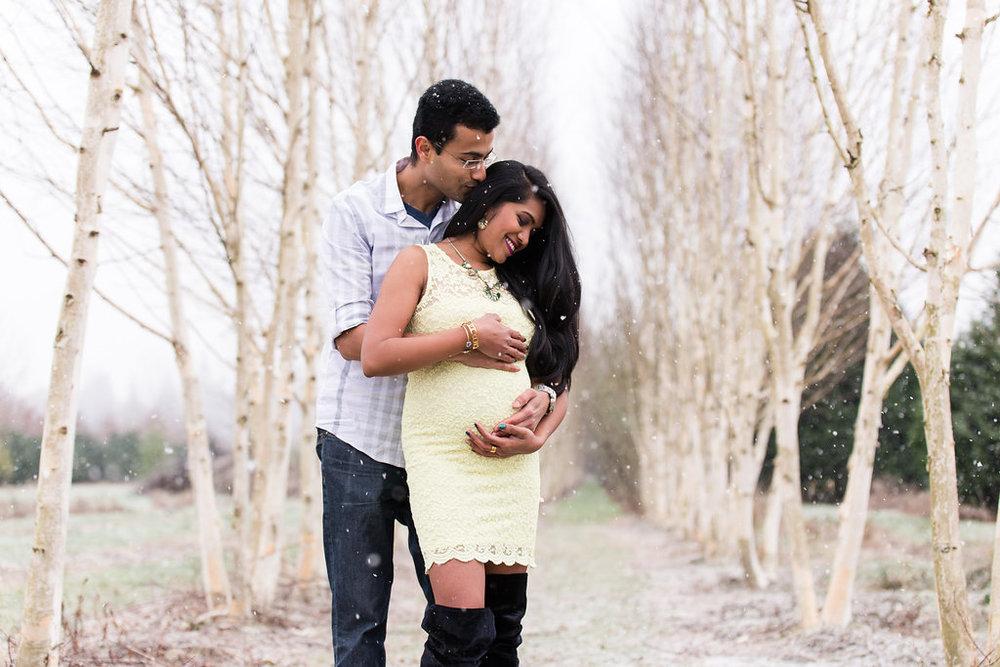 Kusum & Vinay Maternity - Sveeteskapes