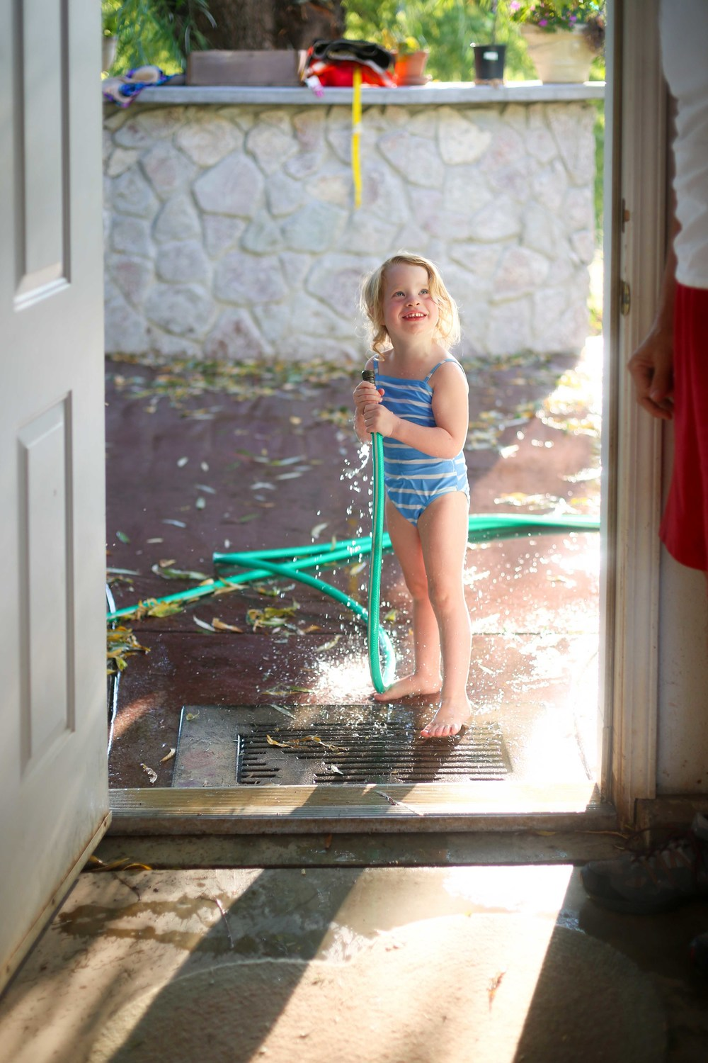 Water and Hose Fun-42.jpg