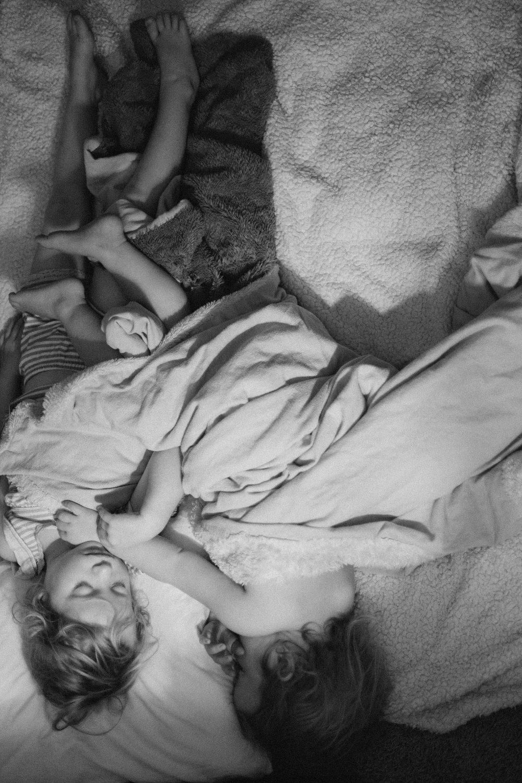 Sleeping girls-2.jpg