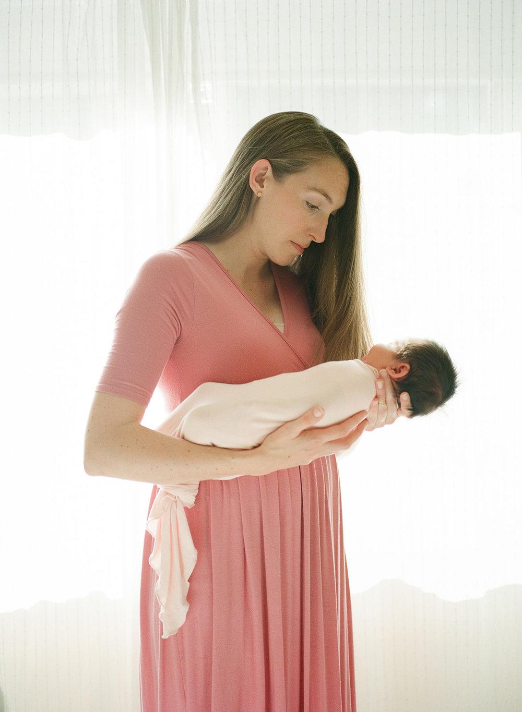 Newborn Norah-3.jpg