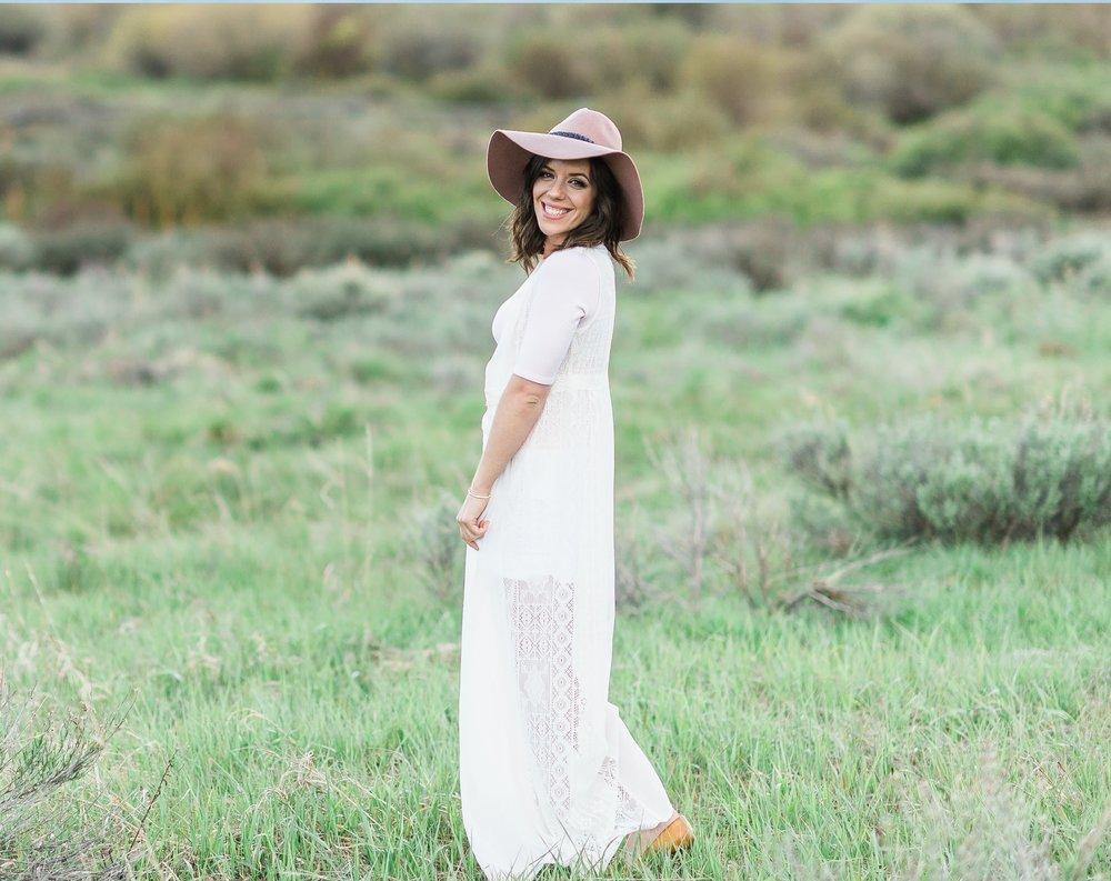 Dani-Cowan-Photography-Lake-Dillon-Photoshoot-LindaBello33-2.jpg