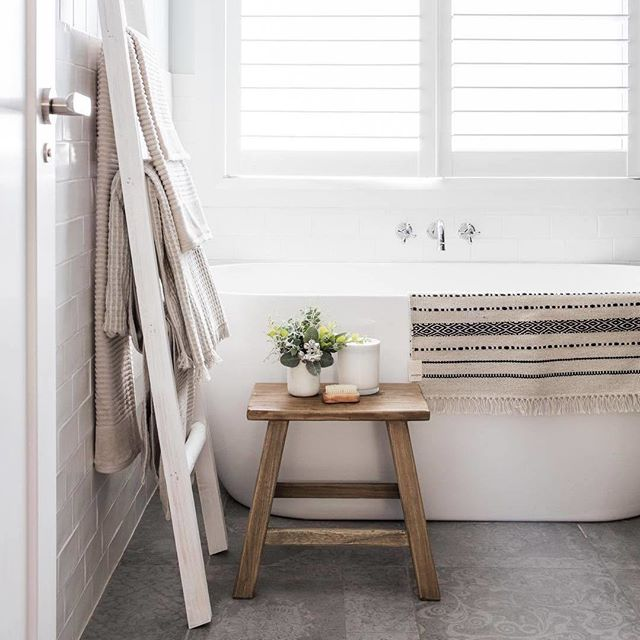 A little reminder to slow down this weekend. Fill the tub, pour yourself a cuppa, grab a book and that box of @KookasNatural cookies and soak for a while... 📷dreamy bathroom by @kyalandkara