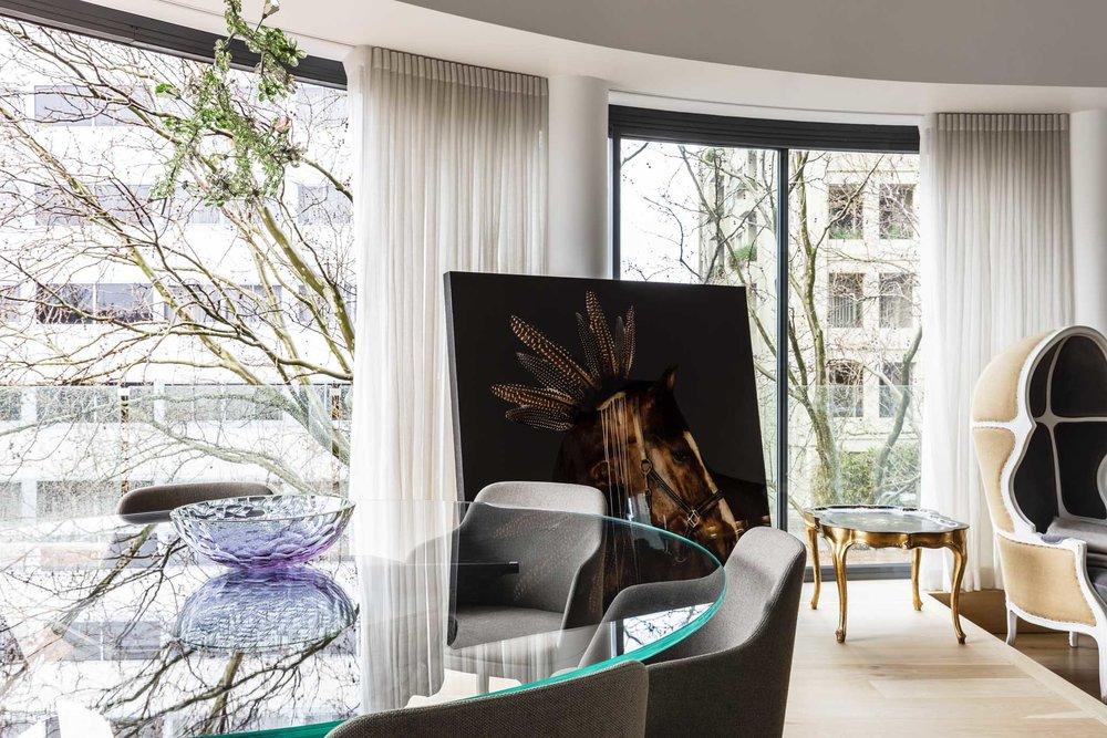 Potts Point Apartment by Tim Allison Associates