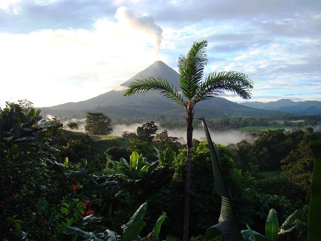 volcano-costa rica