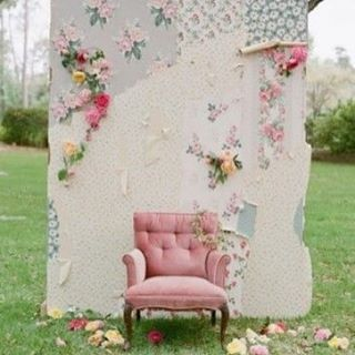 FUN photoboothing - Image @pinterest image source unknown - #photobooth #weddinginspo #love #patchworkwedding