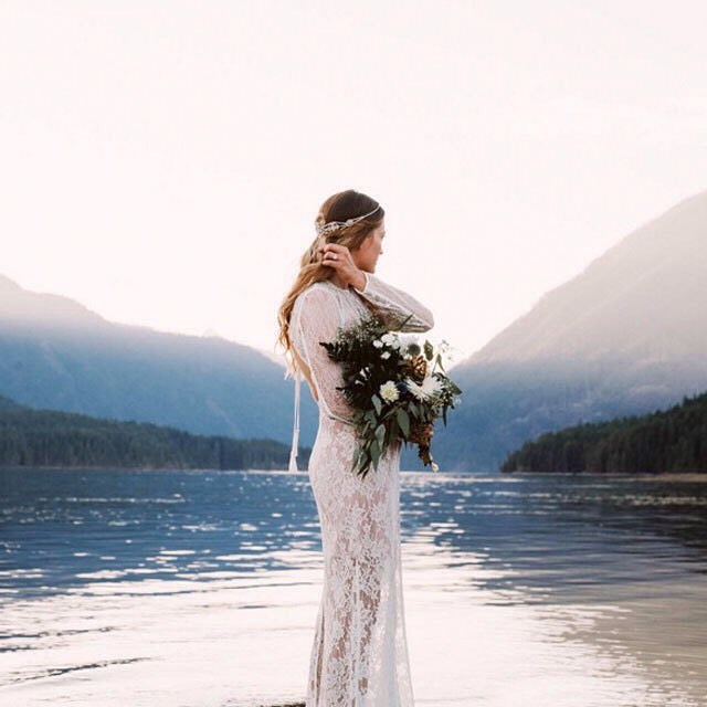 Perfection. Shout out to @benjhaisch - you're pretty great at what you do! - #photographicgenius #lakes #weddingphotography #lakecushman #beautifulbride