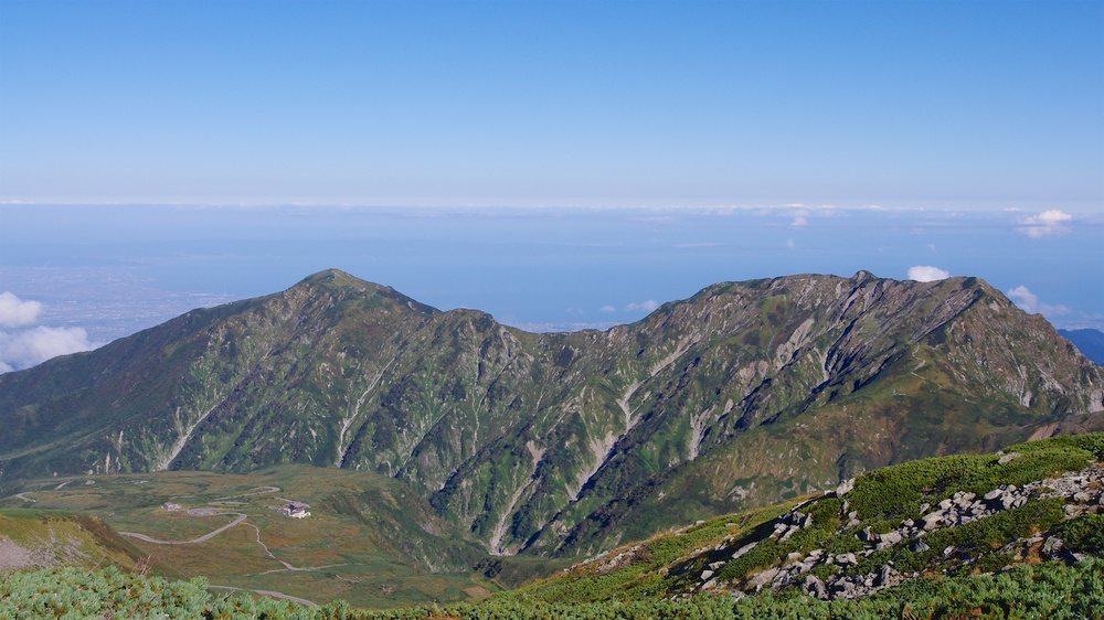 Dainichi (left) and Okudainichi (right) and the Toyama Bay behind from Mt. Jodo. Taken 9.24.2011