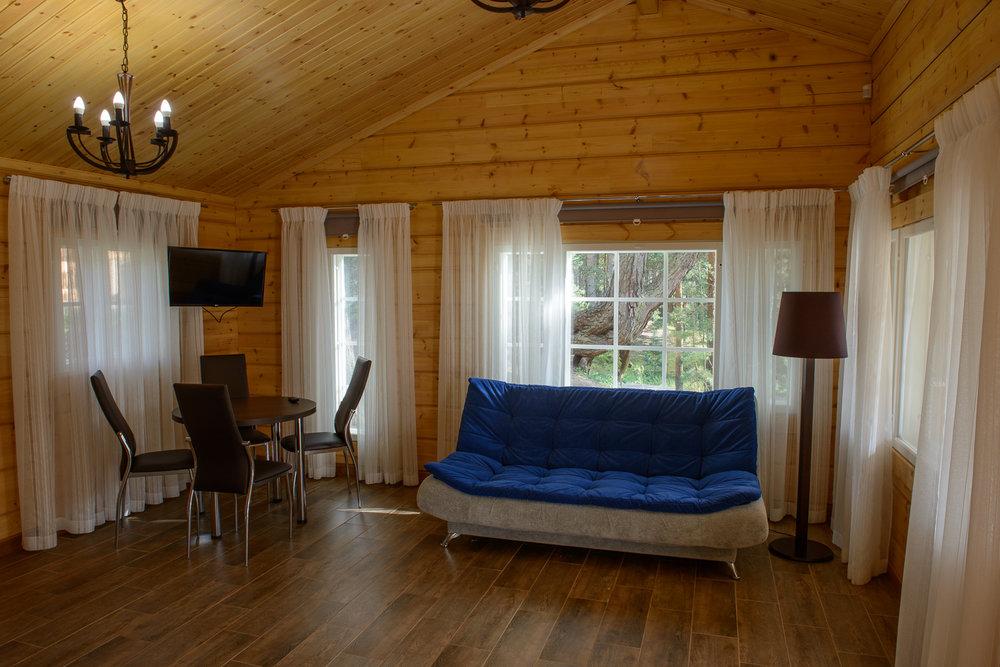 58livingroom (1).jpg