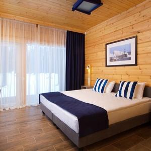 hotel-med.jpg
