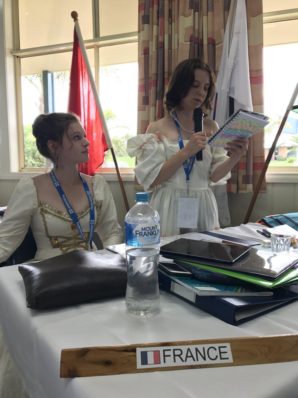 MUNA2017-France-debating.JPG