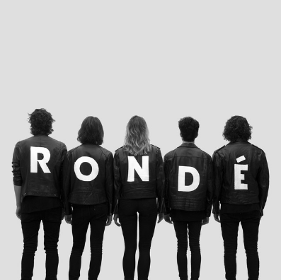 RONDÉ - Naturally Naturallyis the first single of the self-tittled album called 'RONDÉ'. It's a rythmical tune. The song Naturallywas written during a trip to Berlin.