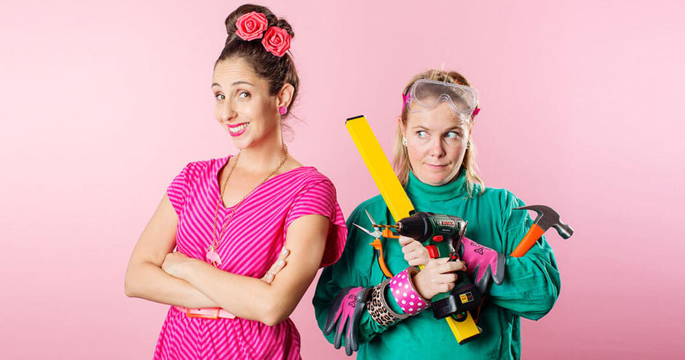 Suzelle DIY and Marianne
