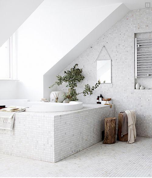 mosaic bathroom in white