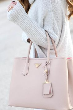 An oversized handbag is the perfect nude pink accessory