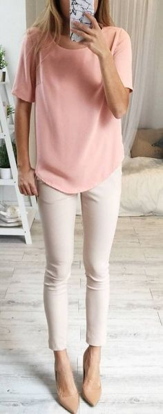 Combine different nude tones in one outfit
