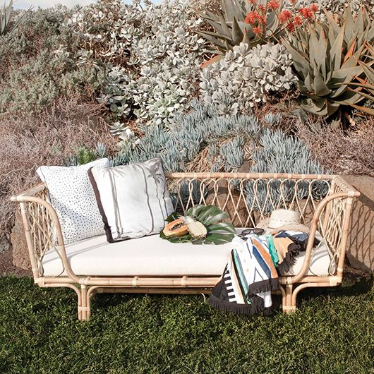 outside daybed rattan