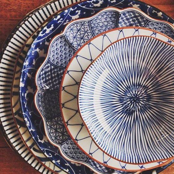 blue and white ceramic bowls