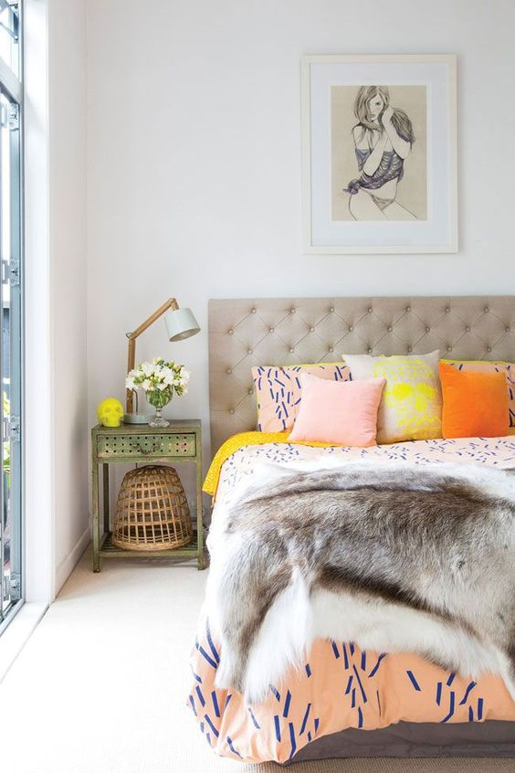 bedroom with faux fur thro