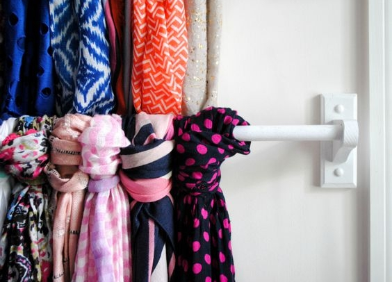 scarf bar storage
