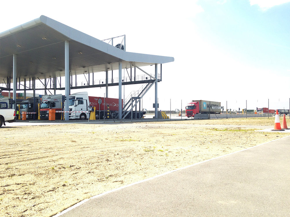 The context - The Gate complex is situated at London Gateway at the edge of Essex and the Thames Estuary.  It welcomes hundreds of hauliers a week, delivering goods into and out of the UK.