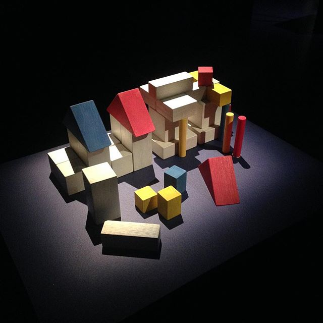 Building blocks in colour. A beautiful little piece at the Japanese architecture exhibition at the #Barbican  #design #interior #exhibition #architecture #japan #japanesearchitecture #spatialdesign #minimal #abstract #potd #art