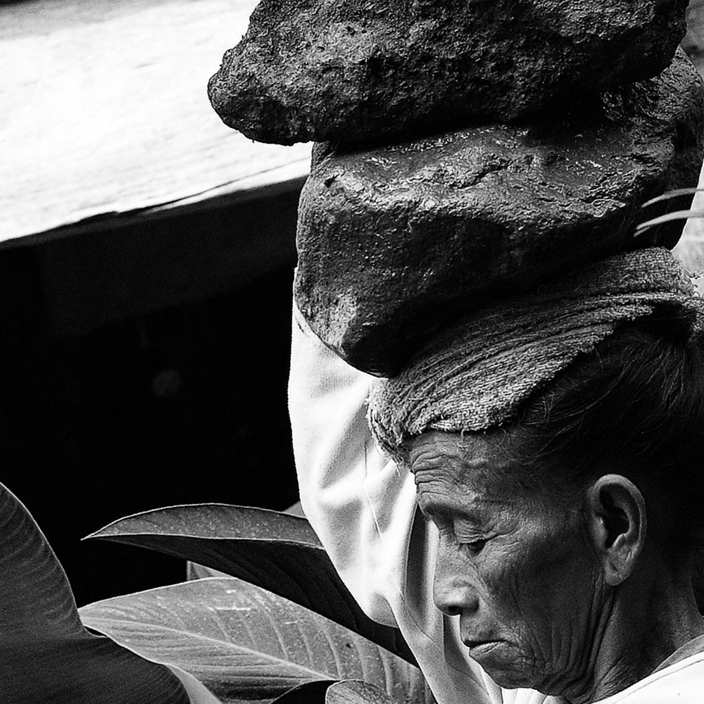 DSCF2529-Edit-working-woman-of-ubud2000-x-2000.jpg