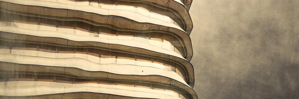 Skyscraper resonance -