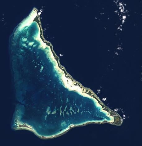 True color composite image of Tarawa, Kiribati - November 9, 2014.
