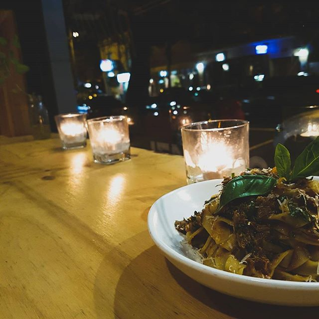 Winter heart warmer Braised lamb ragu, on a bed of tagliatelle pasta 🔥 #welovesurfing #welcometothebronx #pizzafortheplanet