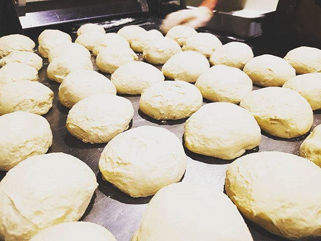 Punchen out the dough #welcometothebronx  #pizzafortheplanet  #darbyst #welovesurfing