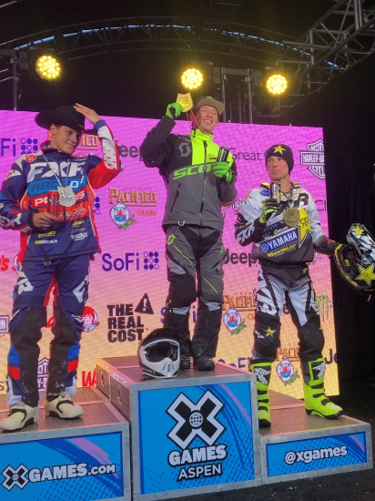 From left to right: Jesse Kirchmeyer (silver), Cody Matechuk (gold), Brock Hoyer (bronze).