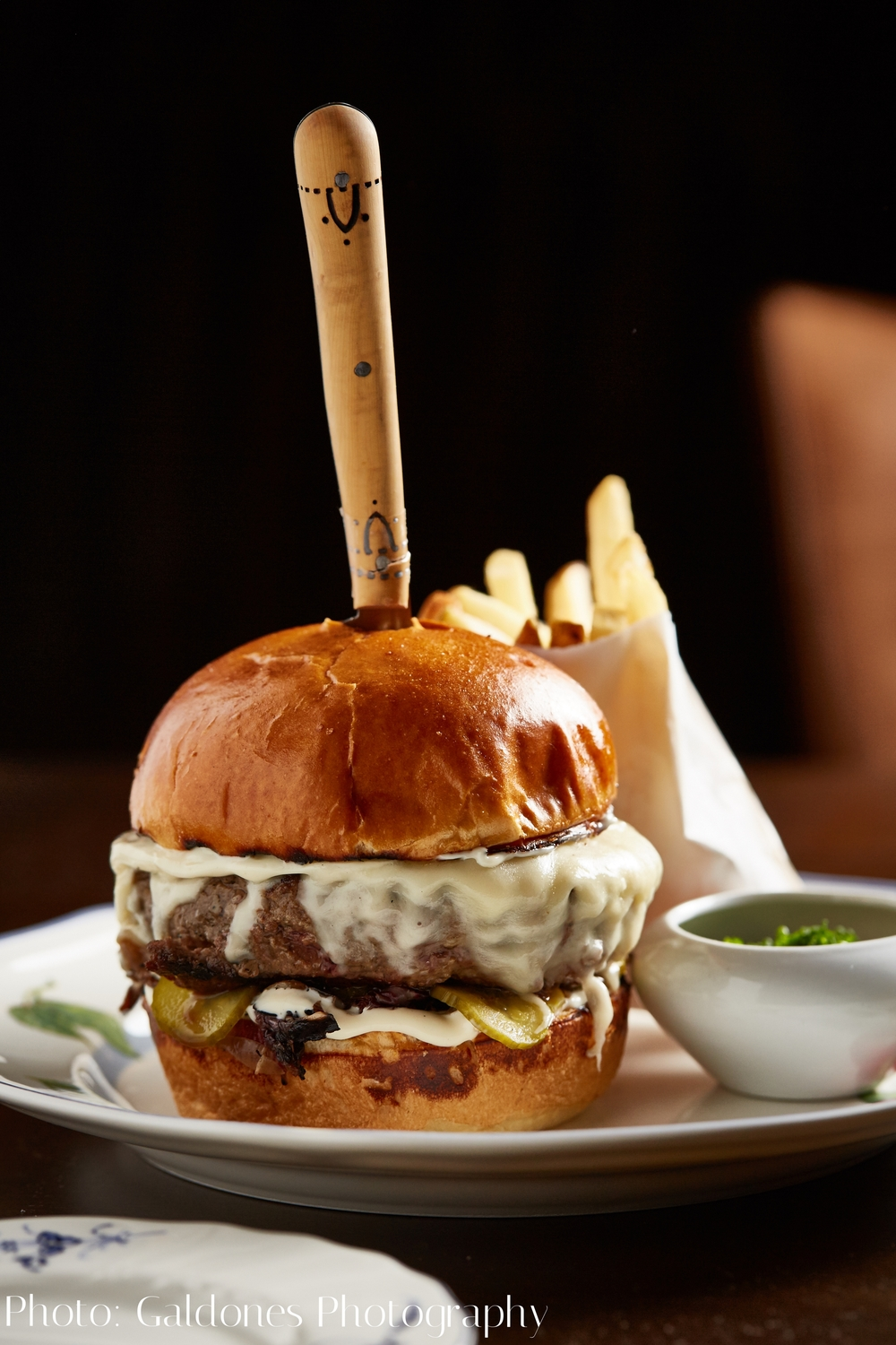 Beacon_Dinner_Burger_051216_HG_2.jpg