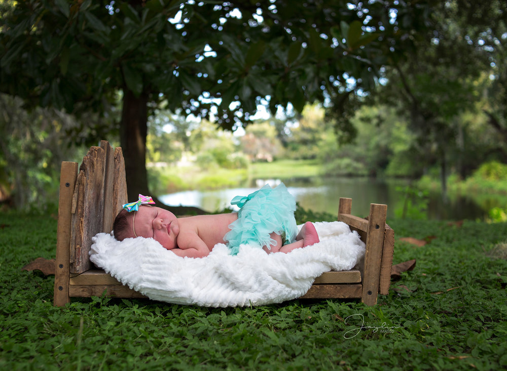 Noelle Newborn-62WEB.jpg