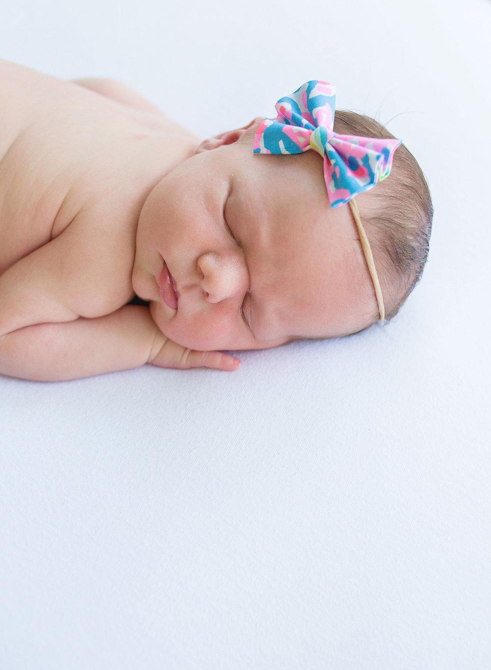 2 Noelle Newborn-4WEB.jpg