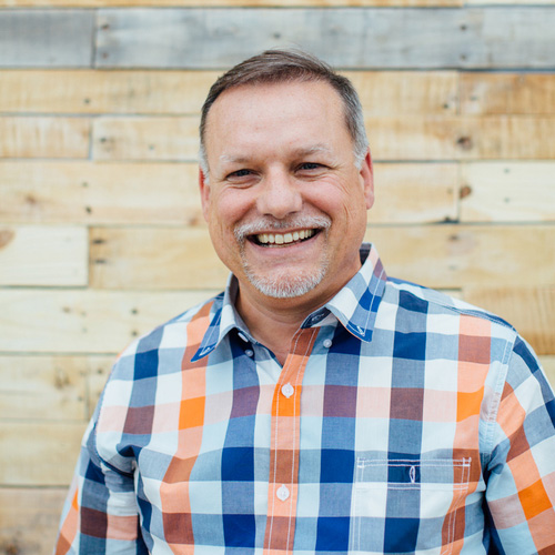 Dan Gutwein  VP of Foodservice Sales & Marketing  Dan graduated from Purdue University in 1986 with a degree in Sales & Business Management.  Dan's favorite coffee is Costa Rican Tarrazu.   LinkedIn  |  Twitter
