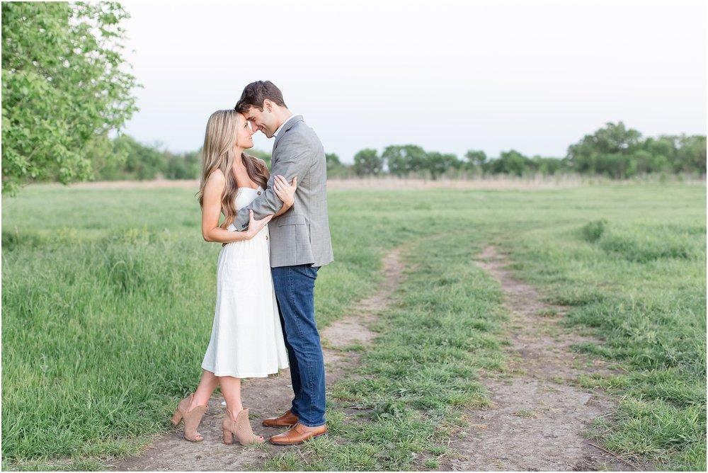 Landon-Schneider-Photography-Engagement-Session-Dallas-Texas_0005.jpg